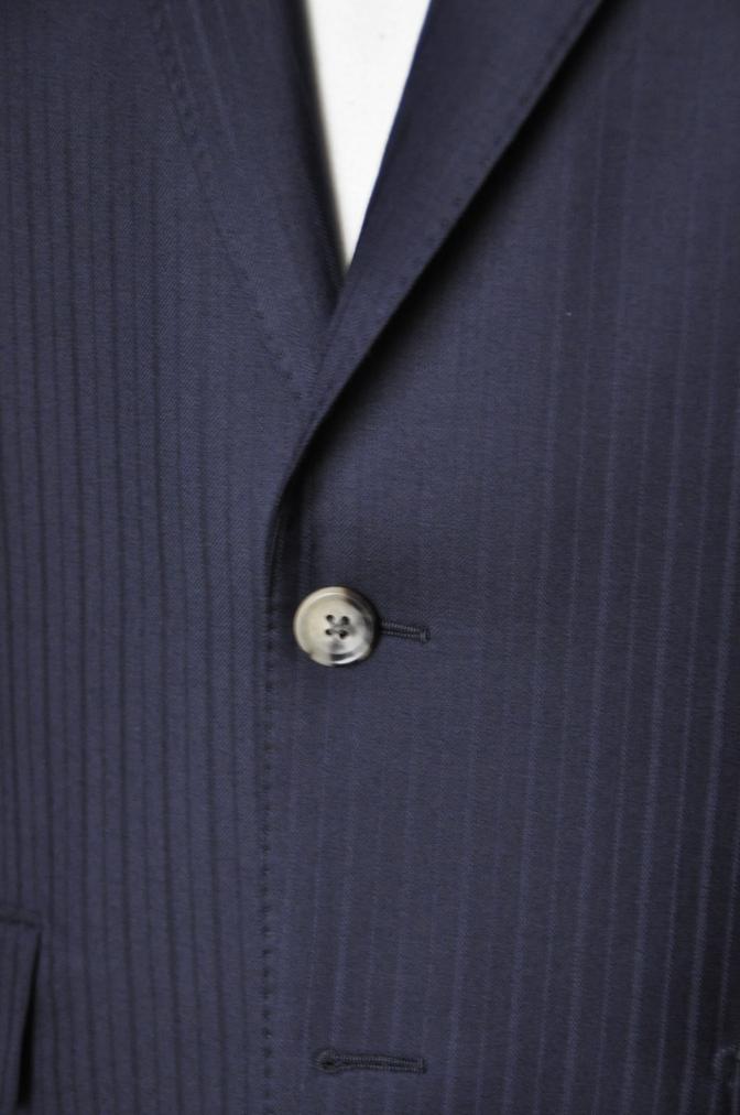 DSC08792 お客様のスーツの紹介-御幸毛織 ネイビーストライプスーツ-