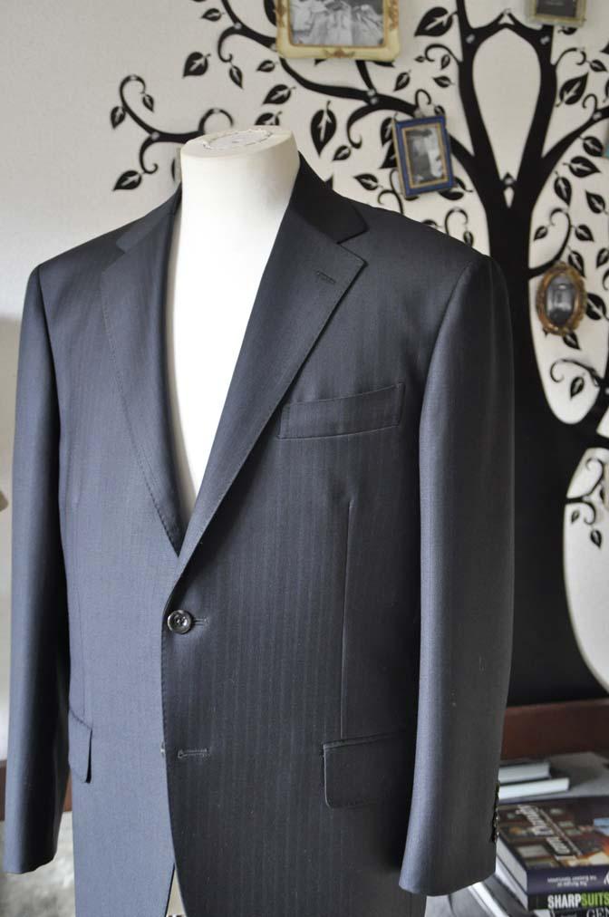 DSC0882-5 お客様のスーツの紹介-DUGDALEブラックストライプスーツ- 名古屋の完全予約制オーダースーツ専門店DEFFERT