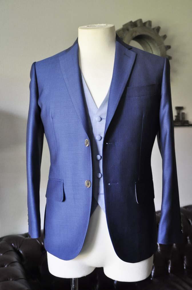DSC0885-1 お客様のハワイウエディング衣装の紹介- ネイビージャケット、ブルー千鳥格子ベスト、ホワイトパンツ- 名古屋の完全予約制オーダースーツ専門店DEFFERT