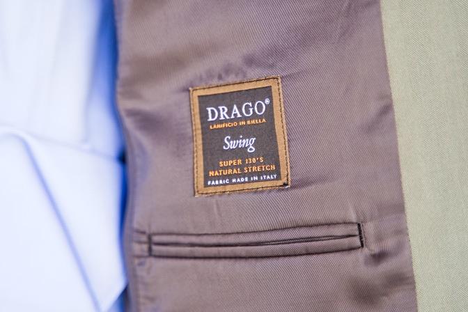 DSC08854 オーダースーツの紹介-DRAGOソラーロスーツ-