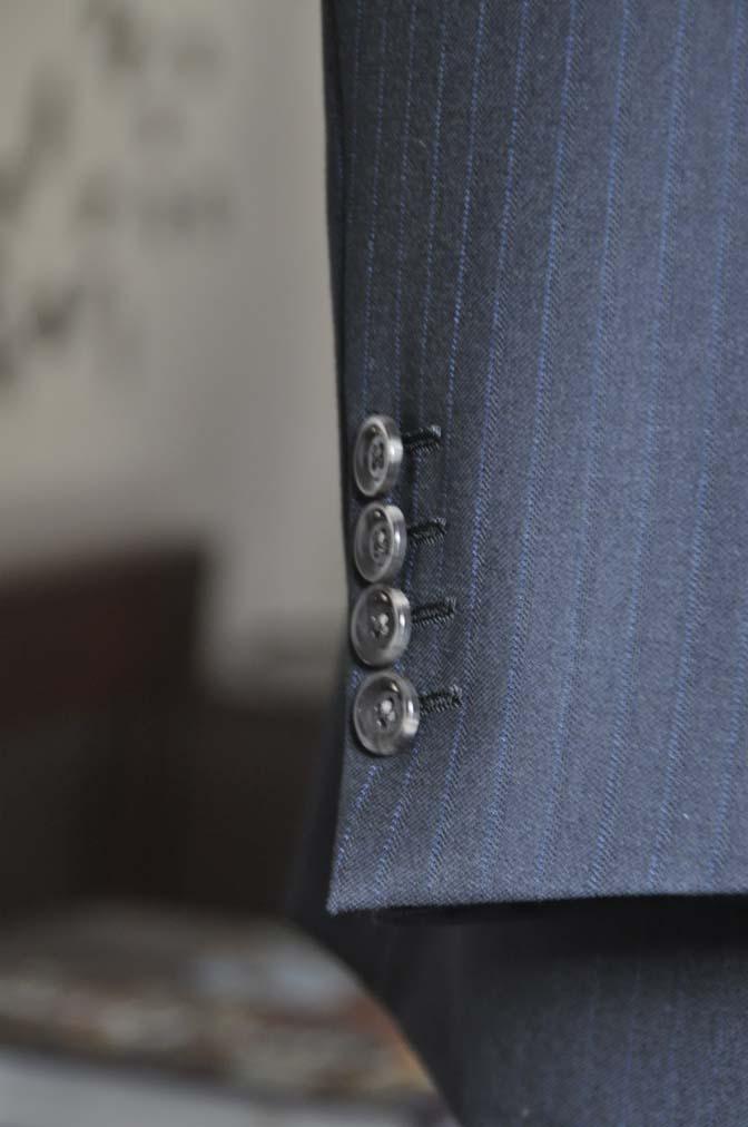 DSC0888-6 お客様のスーツの紹介-DUGDALEブラックストライプスーツ- 名古屋の完全予約制オーダースーツ専門店DEFFERT
