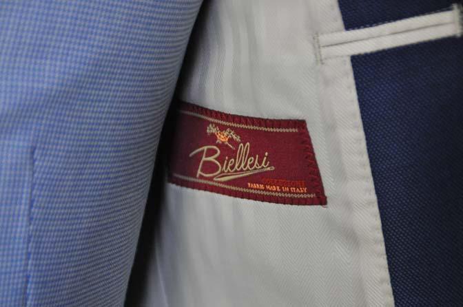 DSC0889-1 お客様のハワイウエディング衣装の紹介- ネイビージャケット、ブルー千鳥格子ベスト、ホワイトパンツ- 名古屋の完全予約制オーダースーツ専門店DEFFERT