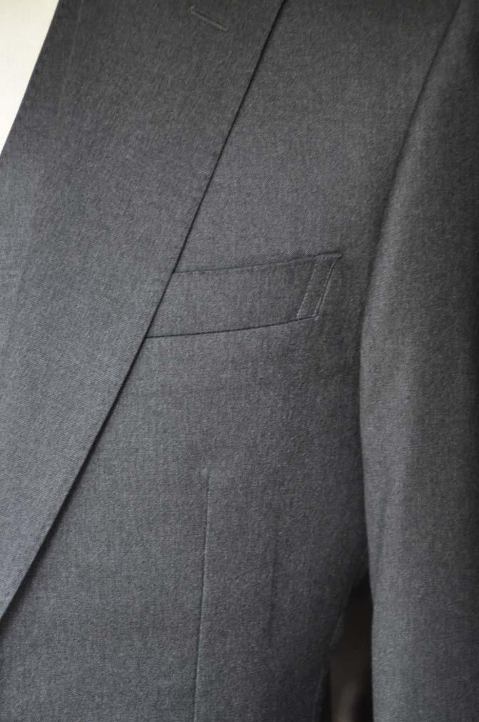 DSC08891 お客様のスーツの紹介-Biellesi 無地チャコールグレースリーピース- 名古屋の完全予約制オーダースーツ専門店DEFFERT