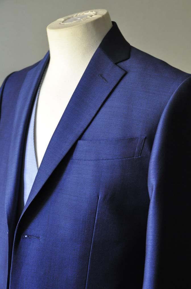 DSC0890-2 お客様のハワイウエディング衣装の紹介- ネイビージャケット、ブルー千鳥格子ベスト、ホワイトパンツ- 名古屋の完全予約制オーダースーツ専門店DEFFERT