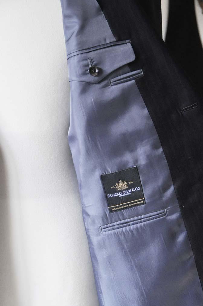 DSC0890-7 お客様のスーツの紹介-DUGDALEブラックストライプスーツ- 名古屋の完全予約制オーダースーツ専門店DEFFERT