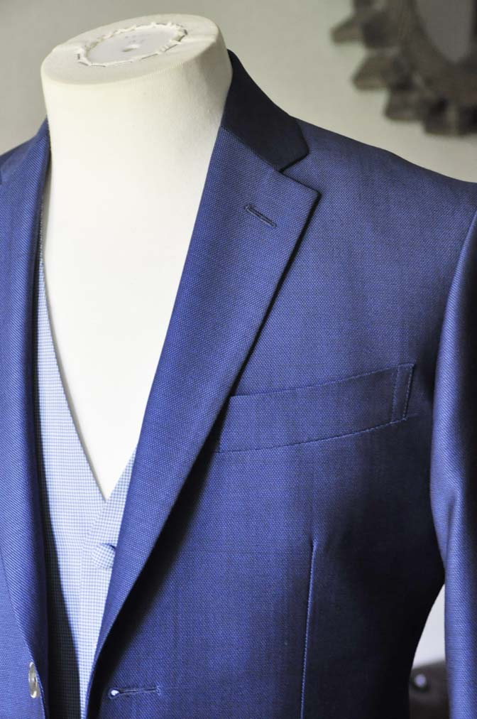 DSC0891-1 お客様のハワイウエディング衣装の紹介- ネイビージャケット、ブルー千鳥格子ベスト、ホワイトパンツ- 名古屋の完全予約制オーダースーツ専門店DEFFERT