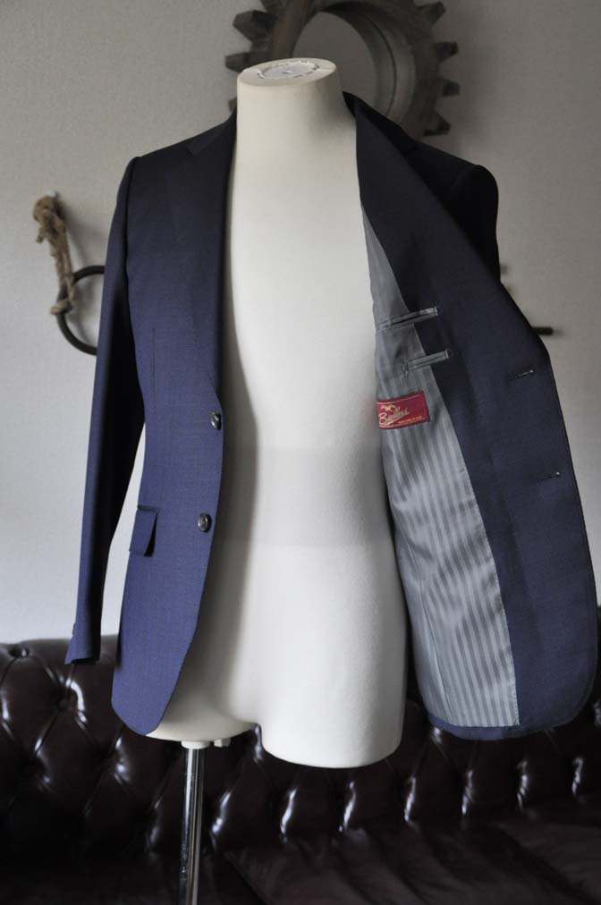 DSC0893-1 お客様のスーツの紹介- Biellesi ネイビーバーズアイ-
