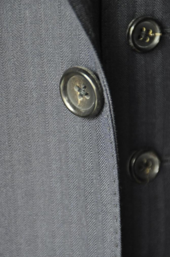 DSC0897 お客様のスーツの紹介-REDA ネイビーシャドーストライプ スリーピース-