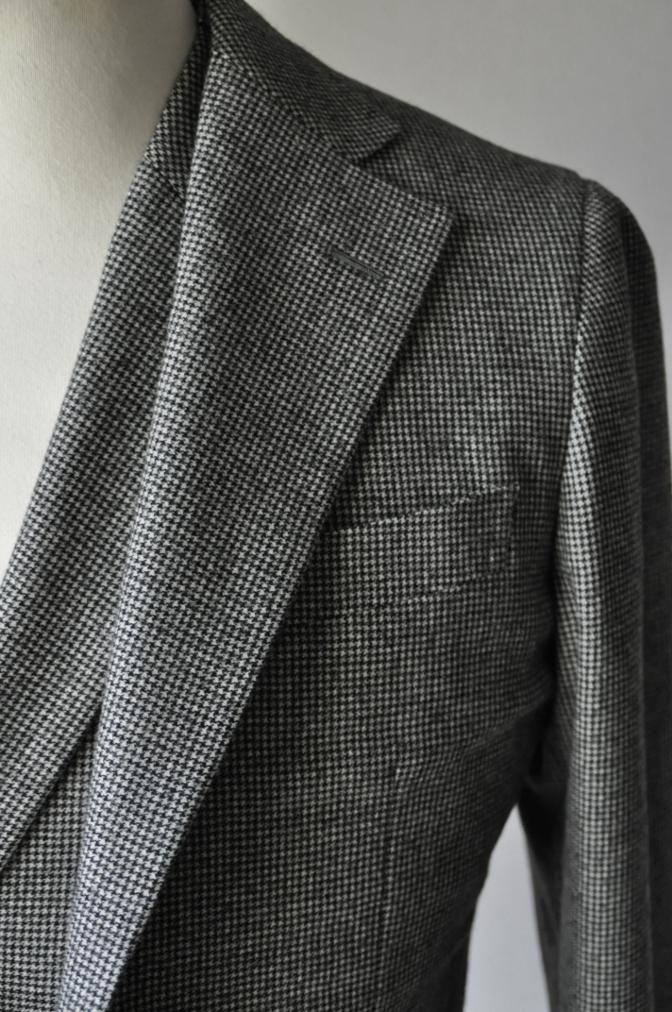 DSC09061 お客様のスーツの紹介-千鳥格子フランネル ダブルのベストでのスリーピース- 名古屋の完全予約制オーダースーツ専門店DEFFERT