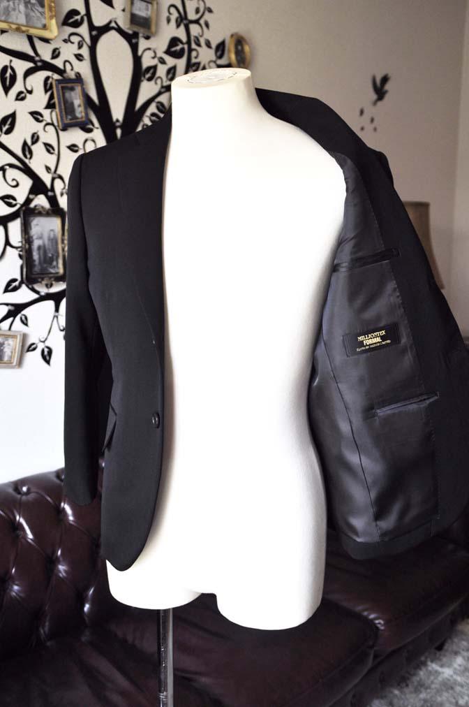 DSC0907-1 お客様のスーツの紹介-無地ブラックスーツ-