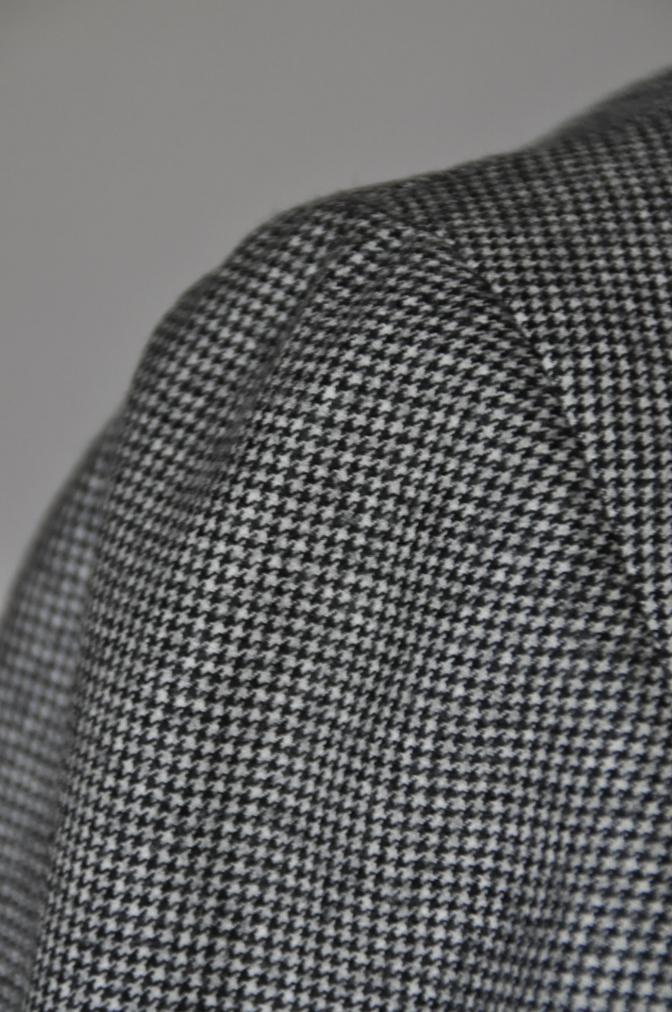 DSC09121 お客様のスーツの紹介-千鳥格子フランネル ダブルのベストでのスリーピース- 名古屋の完全予約制オーダースーツ専門店DEFFERT