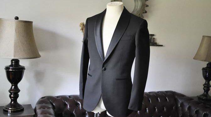 スーツのパーツ名称「ショールカラー」