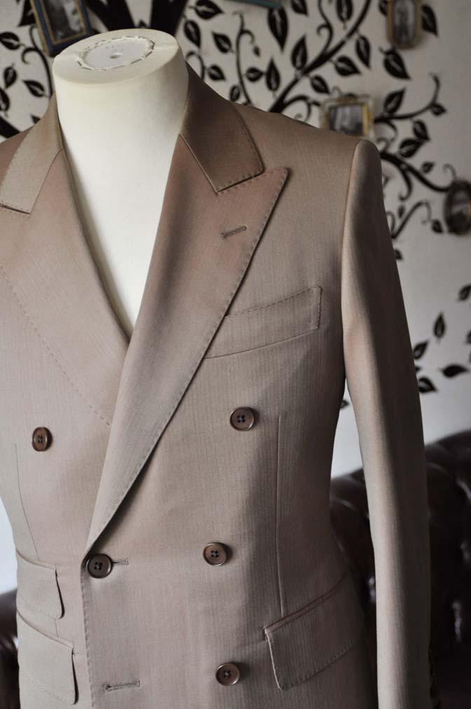 DSC0934-3 お客様のスーツの紹介-SCABAL GOLDEN RIBBONブラウンソラーロダブルスーツ-
