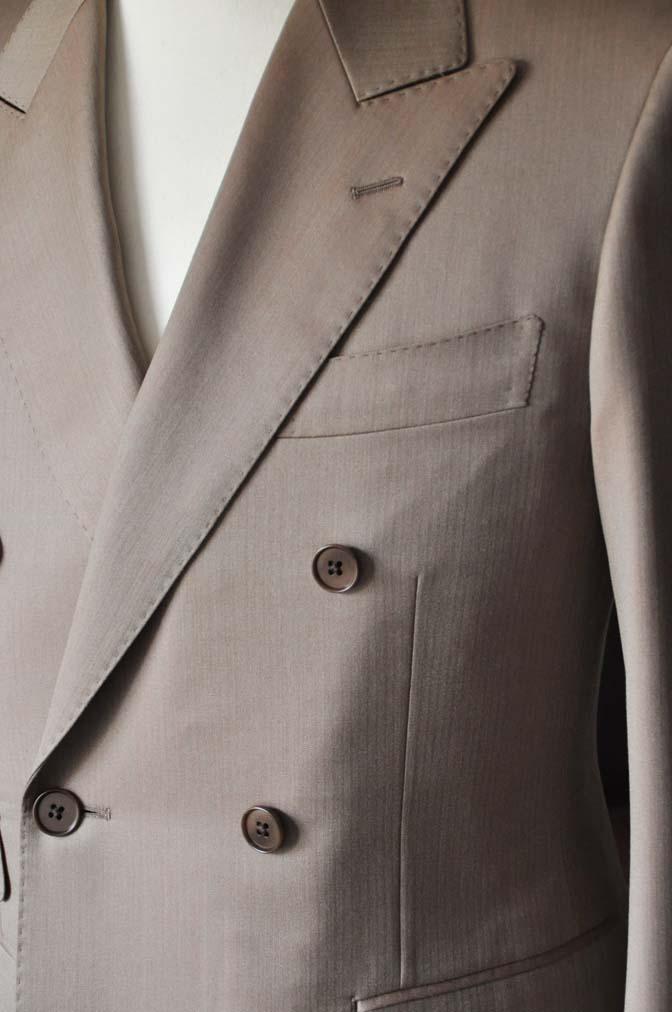 DSC0935-3 お客様のスーツの紹介-SCABAL GOLDEN RIBBONブラウンソラーロダブルスーツ- 名古屋の完全予約制オーダースーツ専門店DEFFERT