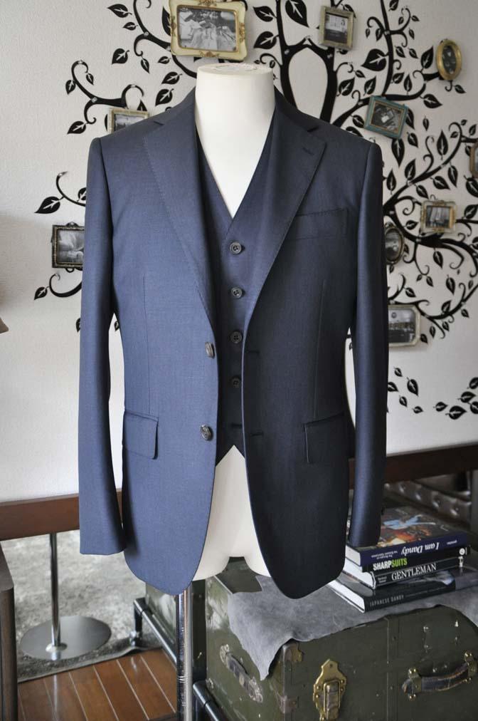DSC0944-3 お客様のスーツの紹介-Biellesi 無地ネイビースリーピース- 名古屋の完全予約制オーダースーツ専門店DEFFERT