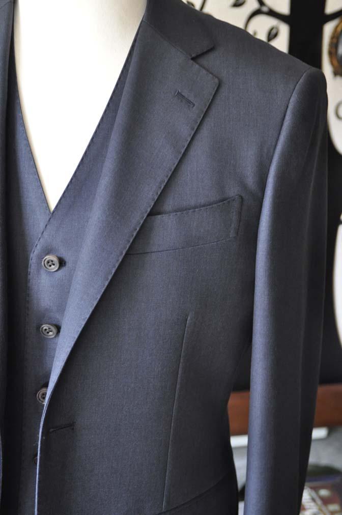 DSC0947-3 お客様のスーツの紹介-Biellesi 無地ネイビースリーピース- 名古屋の完全予約制オーダースーツ専門店DEFFERT