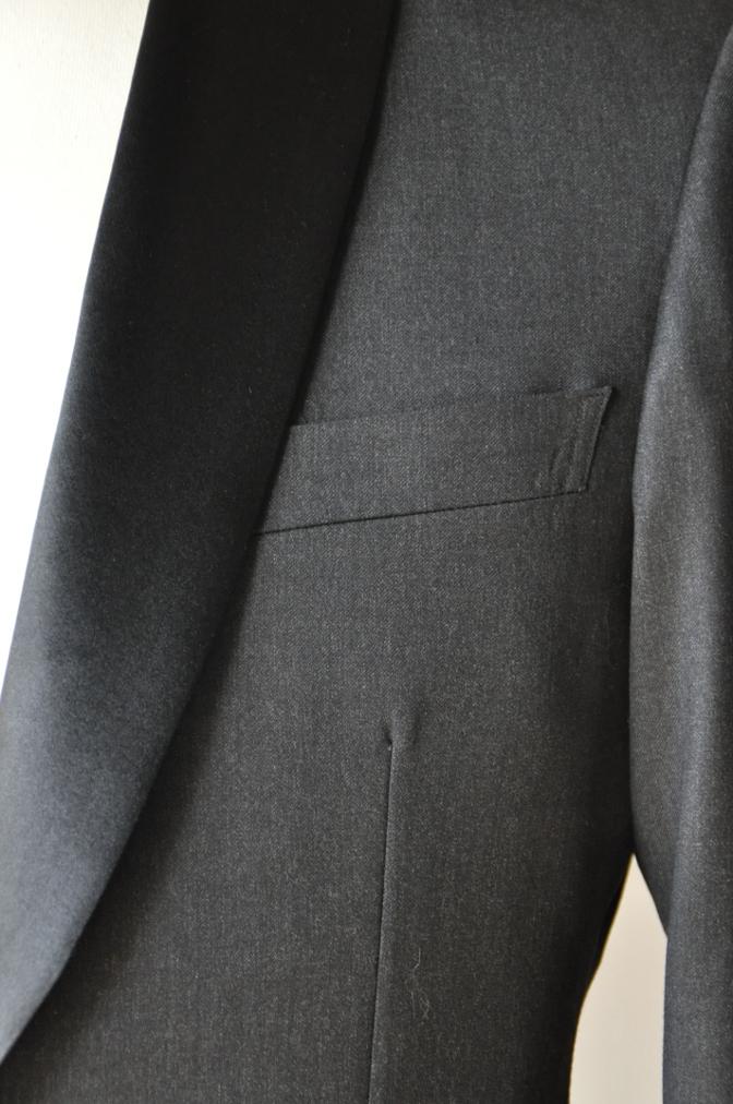 DSC09471 お客様のスーツの紹介-BIELLESI チャコールグレータキシード-