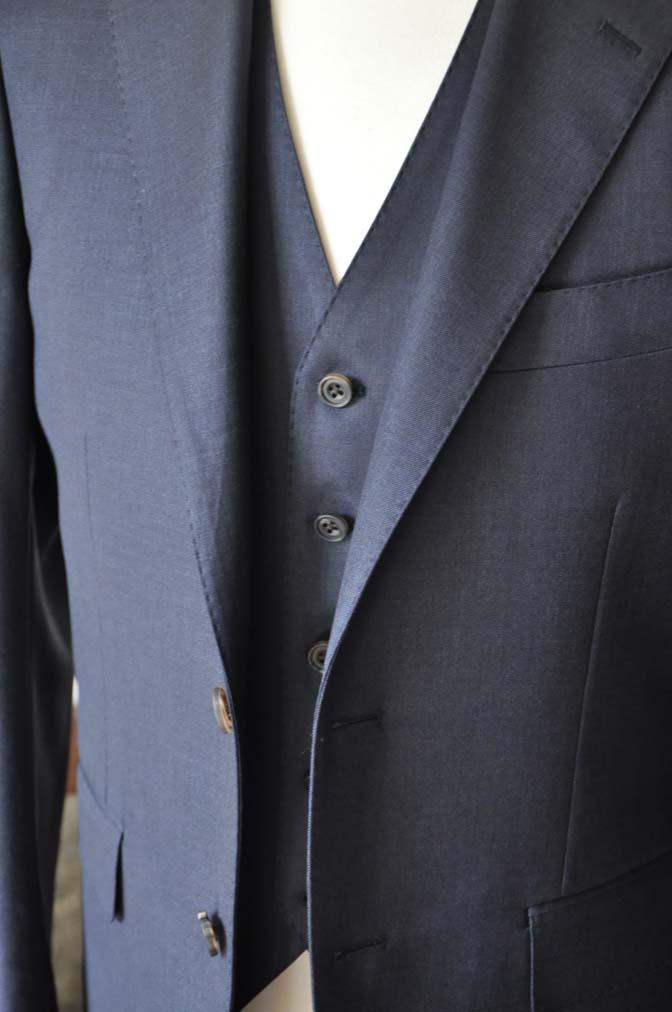 DSC0948-3 お客様のスーツの紹介-Biellesi 無地ネイビースリーピース- 名古屋の完全予約制オーダースーツ専門店DEFFERT