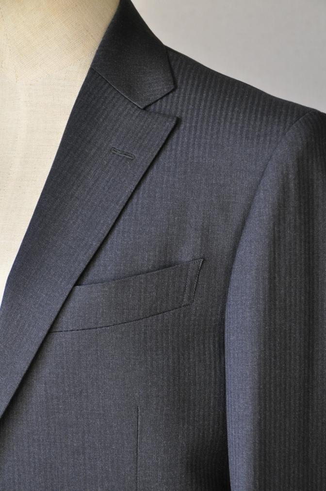 DSC09502 お客様のスーツの紹介-BIELLESI チャコールグレーヘリンボーンスーツ-