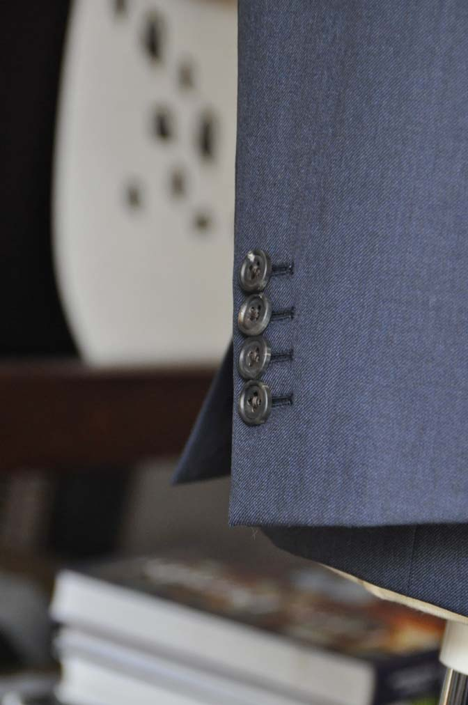 DSC0951-3 お客様のスーツの紹介-Biellesi 無地ネイビースリーピース- 名古屋の完全予約制オーダースーツ専門店DEFFERT