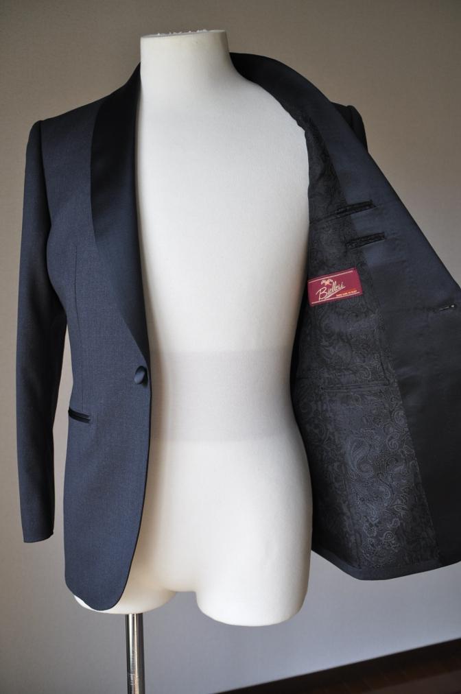 DSC0951 お客様のスーツの紹介-BIELLESI チャコールグレータキシード-