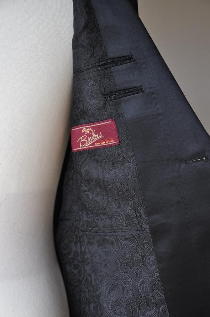 DSC0952 お客様のスーツの紹介-BIELLESI チャコールグレータキシード-