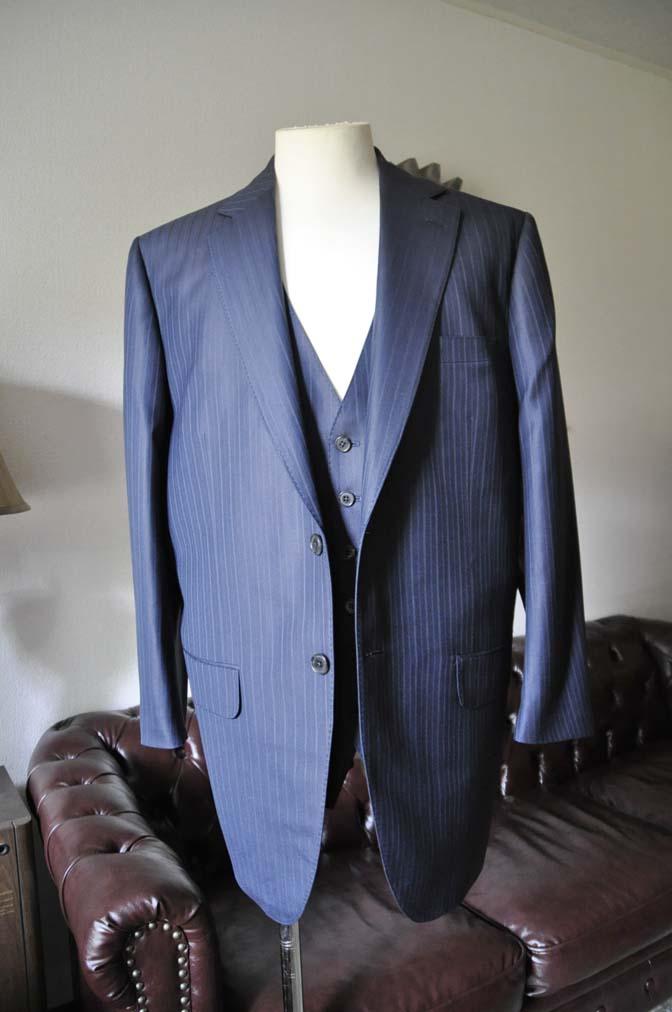 DSC0961-1 お客様のスーツの紹介-ネイビーストライプスーツ-
