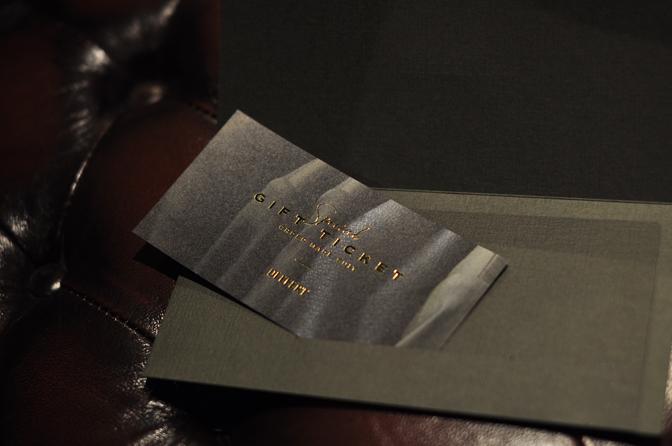 DSC0962-4 オーダースーツ仕立券やギフトカードをプレゼントに!DEFFERTのオーダースーツをサプライズでプレゼント