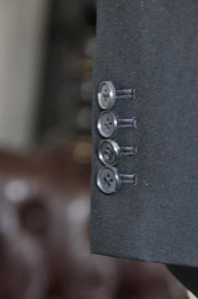 DSC0963-1 お客様のスーツの紹介-ブラックスーツ- 名古屋の完全予約制オーダースーツ専門店DEFFERT