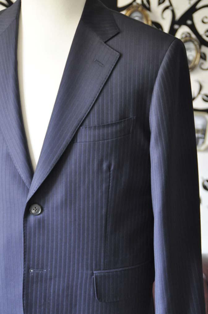 DSC0963-3 お客様のスーツの紹介-CANONICOネイビーストライプスーツ-