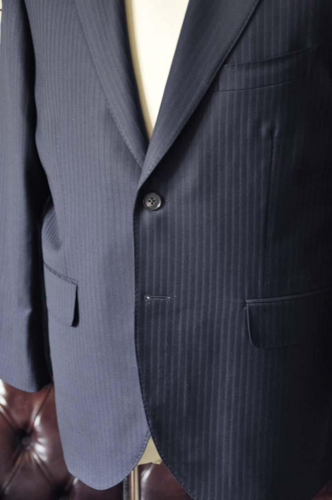 DSC0964-3 お客様のスーツの紹介-CANONICOネイビーストライプスーツ-