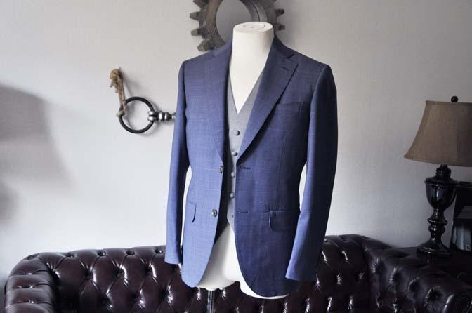 DSC0968-1 お客様のウエディング衣装の紹介- Biellesi ネイビーチェックスーツ グレーベスト-