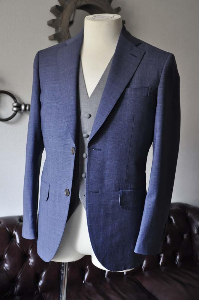 DSC0969-1 お客様のウエディング衣装の紹介- Biellesi ネイビーチェックスーツ グレーベスト-