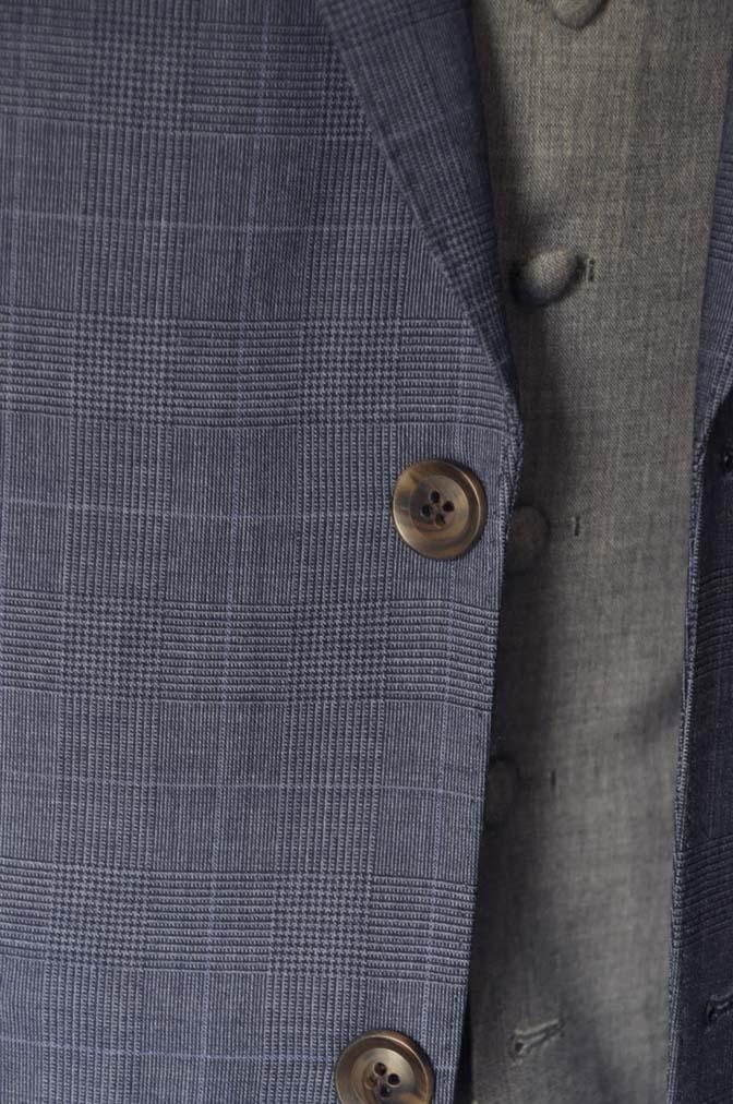 DSC0973-1 お客様のウエディング衣装の紹介- Biellesi ネイビーチェックスーツ グレーベスト-