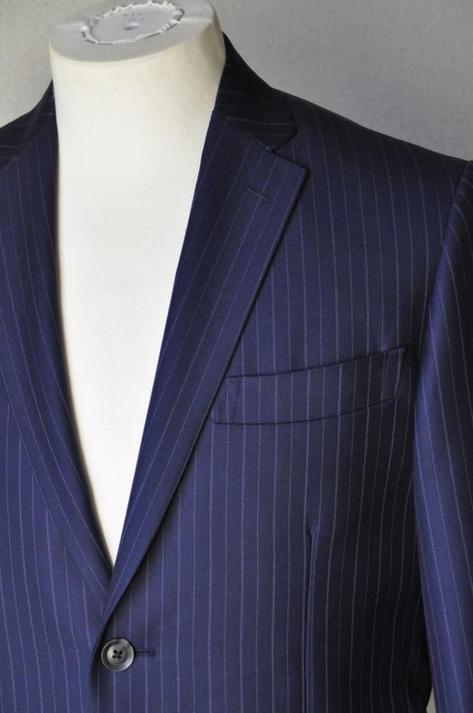 DSC09751 お客様のスーツの紹介-CANONICO ネイビーストライプ-