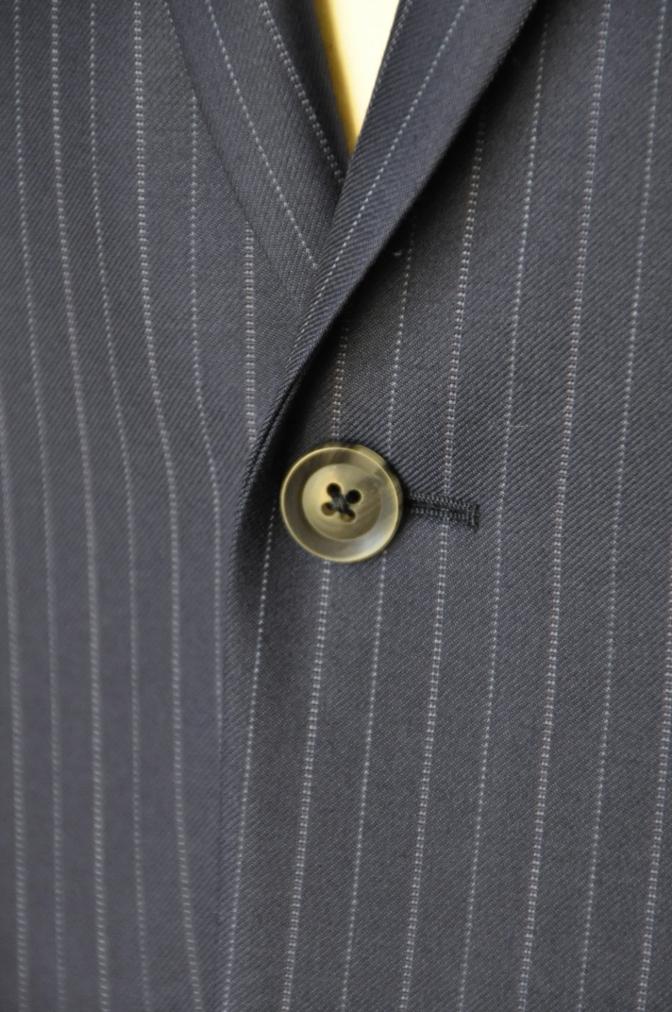 DSC0978 お客様のスーツの紹介-CANONICO ネイビーストライプ-