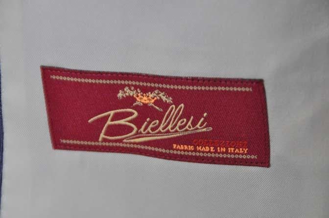 DSC0979-1 お客様のウエディング衣装の紹介- Biellesi ネイビーチェックスーツ グレーベスト-