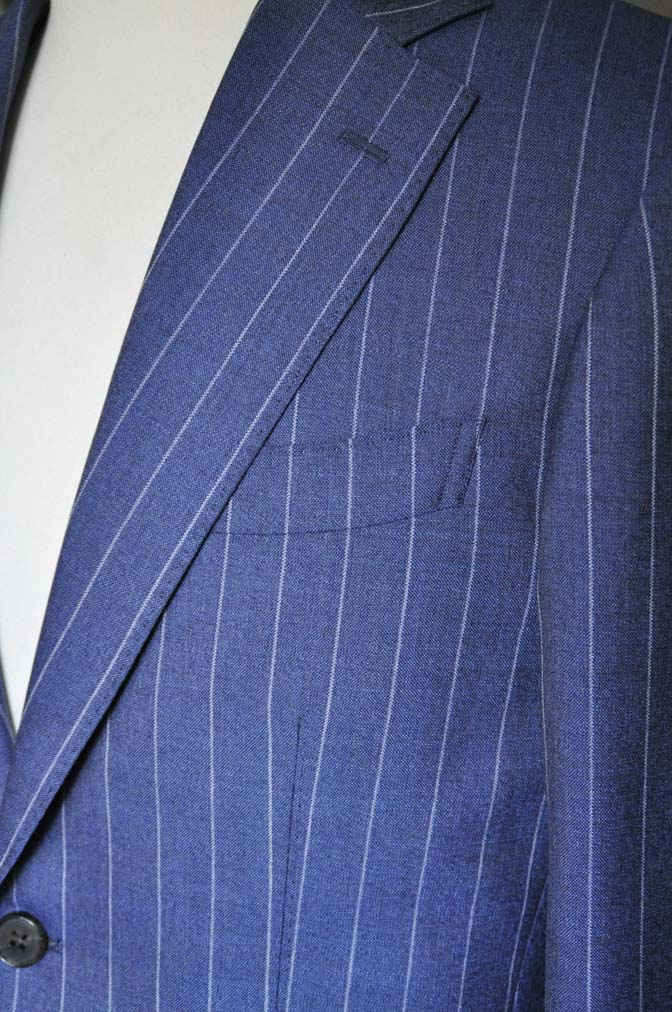 DSC0984-1 お客様のスーツの紹介- Canonico ネイビーストライプスーツ-