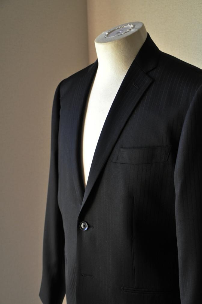 DSC09851 お客様のスーツの紹介-BIELLESI ブラックストライプ- 名古屋の完全予約制オーダースーツ専門店DEFFERT