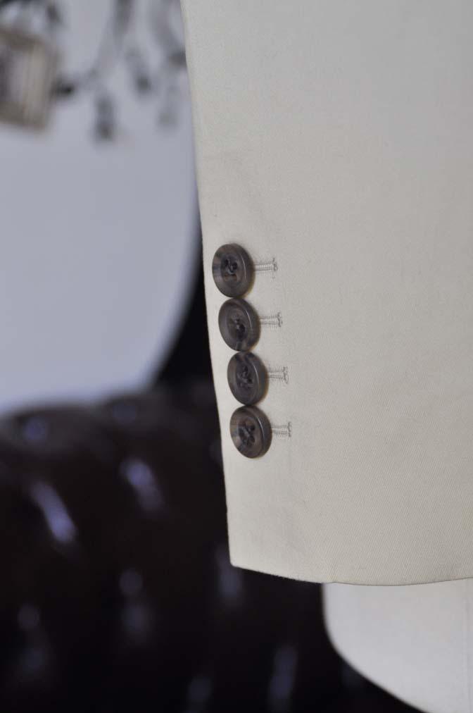 DSC0986-2 お客様のカジュアルスーツの紹介-LARUSMIANI 無地ベージュコットンスリーピース- 名古屋の完全予約制オーダースーツ専門店DEFFERT