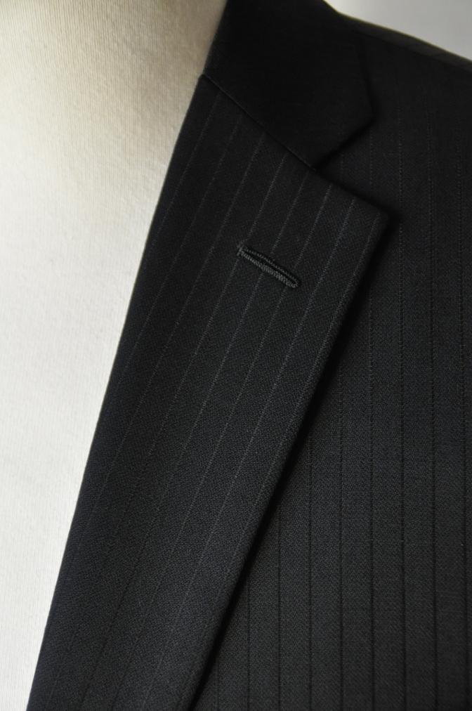DSC09872 お客様のスーツの紹介-BIELLESI ブラックストライプ- 名古屋の完全予約制オーダースーツ専門店DEFFERT