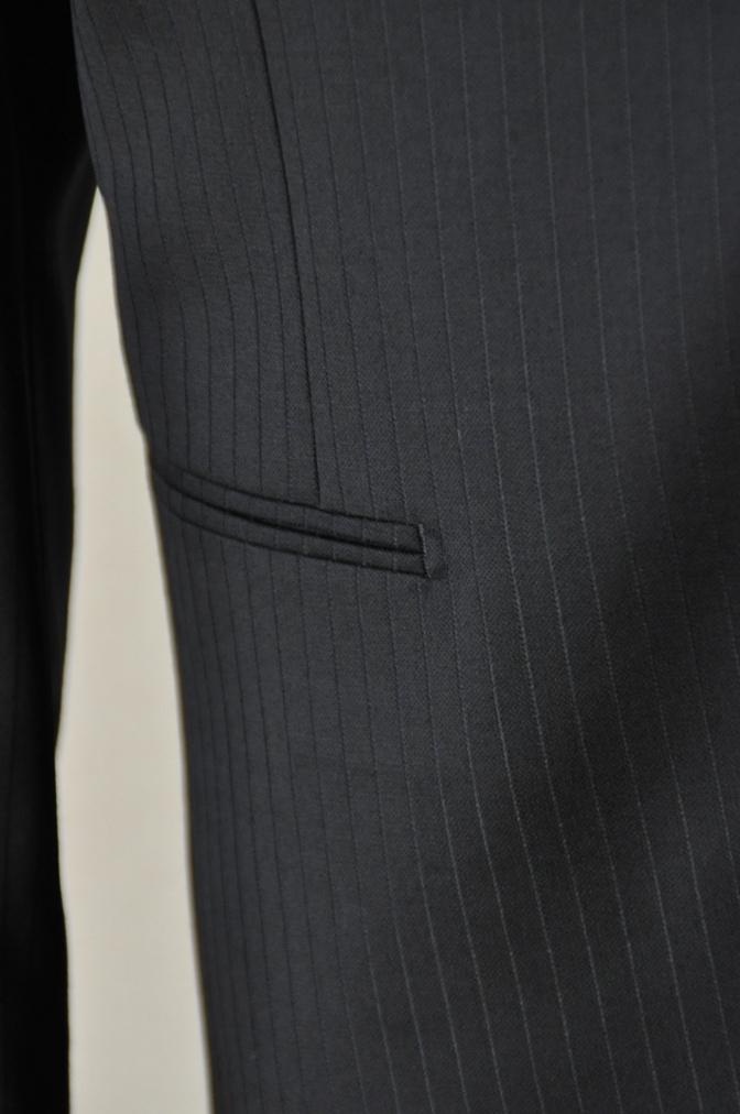 DSC09901 お客様のスーツの紹介-BIELLESI ブラックストライプ- 名古屋の完全予約制オーダースーツ専門店DEFFERT