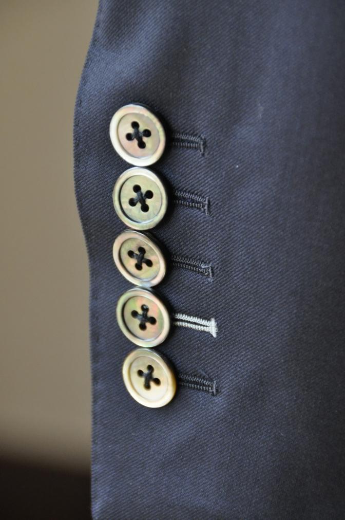 DSC0995 お客様のスーツの紹介-BIELLESI ネイビー スリーピース-