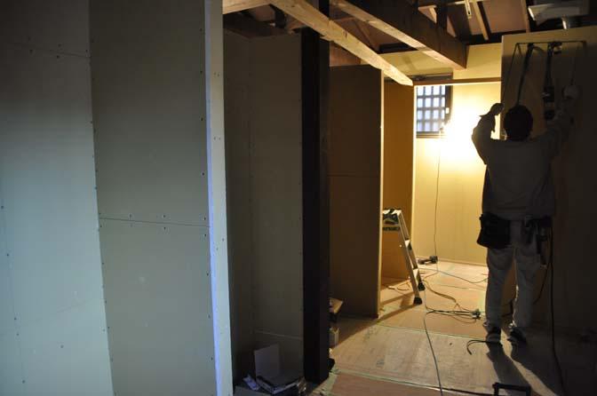 DSC0996-3 着々と進む内装工事。 名古屋の完全予約制オーダースーツ専門店DEFFERT