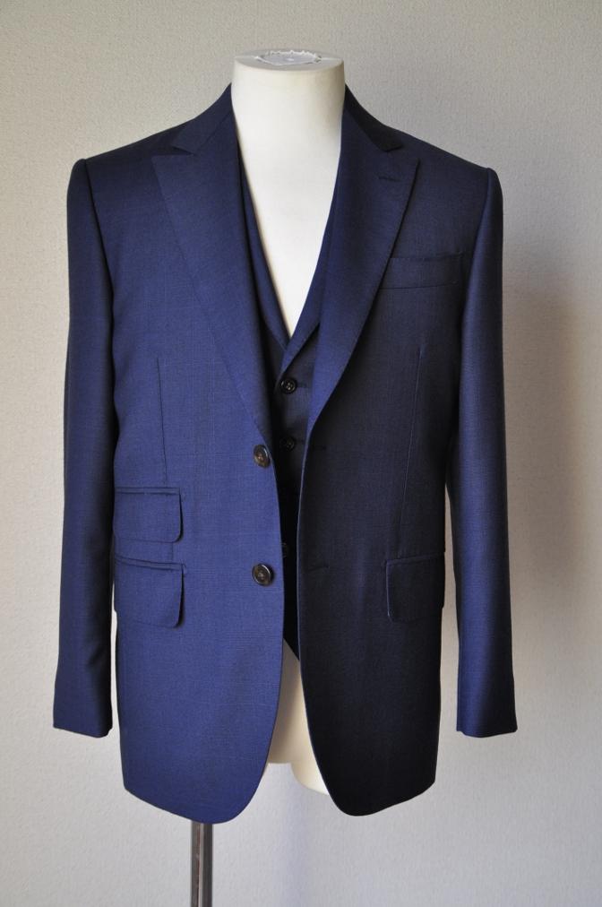 DSC09971 お客様のスーツの紹介-御幸毛織 ネイビーチェック スリーピース-