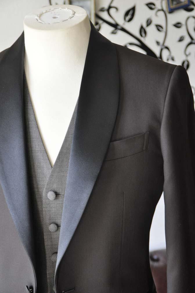 DSC0998-2 お客様のウエディング衣装の紹介- Biellesiブラウンタキシード-