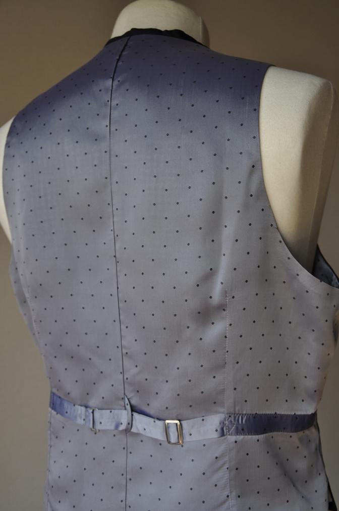 DSC0998 お客様のスーツの紹介-BIELLESI ネイビー スリーピース-
