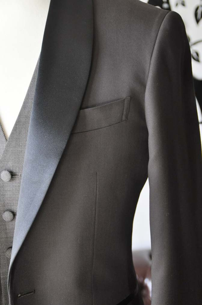 DSC0999-2 お客様のウエディング衣装の紹介- Biellesiブラウンタキシード-
