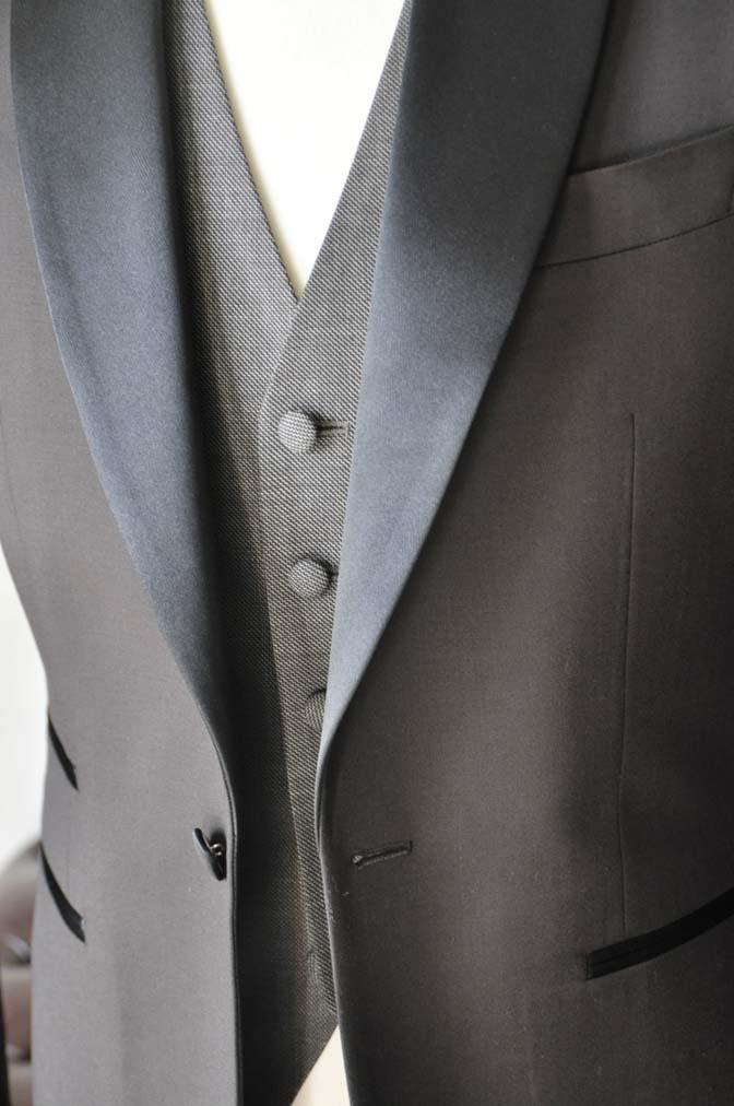 DSC1000-2 お客様のウエディング衣装の紹介- Biellesiブラウンタキシード-DSC1000-2 お客様のウエディング衣装の紹介- Biellesiブラウンタキシード- 名古屋市のオーダータキシードはSTAIRSへ