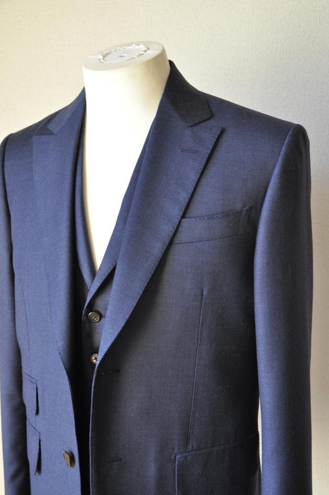 DSC10001 お客様のスーツの紹介-御幸毛織 ネイビーチェック スリーピース-